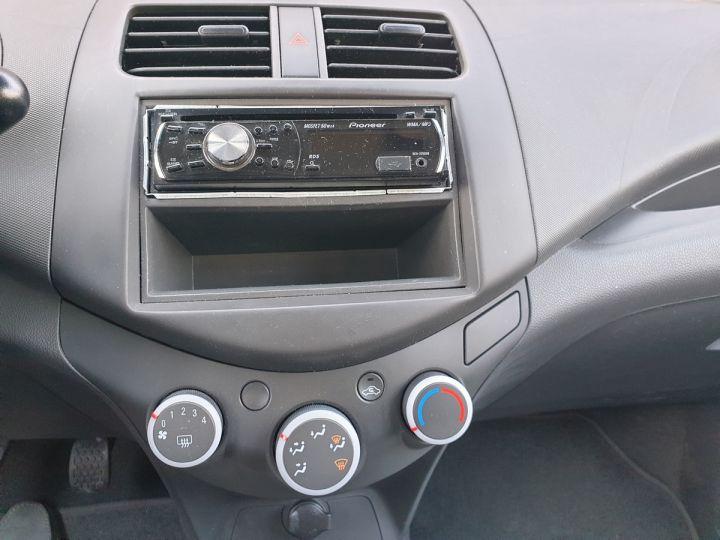 Chevrolet Spark 1.0 68 ls 5 portes i Jaune Occasion - 9
