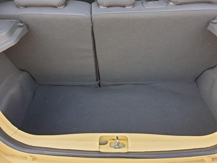 Chevrolet Spark 1.0 68 ls 5 portes i Jaune Occasion - 10