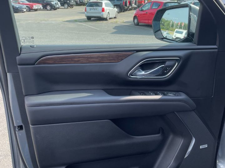 Chevrolet Suburban High Country V8 6.2 420 Chx Gris - 7