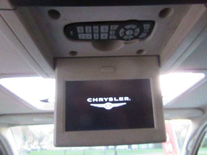Chrysler GRAND VOYAGER 7 PLACES 2.8 CRD 20EME ANNIVERSAIRE BA Gris Fonce Occasion - 13