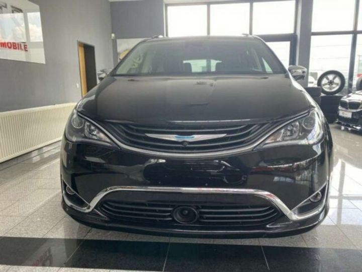 Chrysler Pacifica Hybride Platinum *3TV - Cuir - 7 Places - Toit pano* Homologué+Livré+Garantie 12 mois Noire - 1