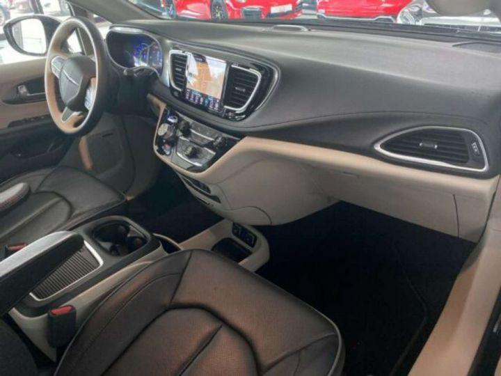Chrysler Pacifica Hybride Platinum *3TV - Cuir - 7 Places - Toit pano* Homologué+Livré+Garantie 12 mois Noire - 4