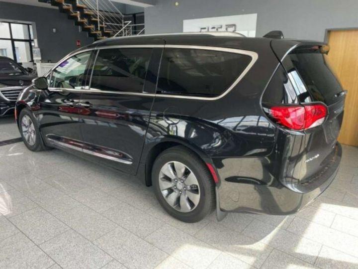 Chrysler Pacifica Hybride Platinum *3TV - Cuir - 7 Places - Toit pano* Homologué+Livré+Garantie 12 mois Noire - 8