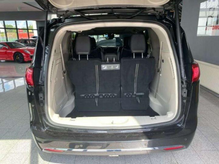 Chrysler Pacifica Hybride Platinum *3TV - Cuir - 7 Places - Toit pano* Homologué+Livré+Garantie 12 mois Noire - 9