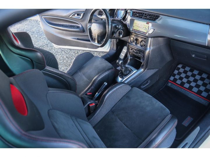 Citroen DS3 Racing 1.6 THP 207 cv Blanche - 9
