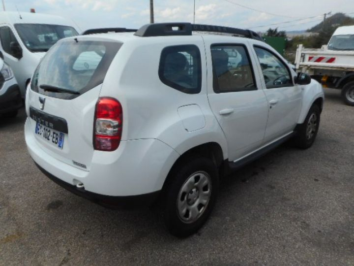 Commercial car Dacia Duster 4 x 4 DCI 110 4X4  - 3