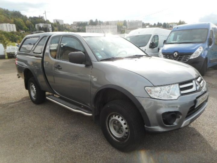 Commercial car Mitsubishi L 200 4 x 4 TD 136 CLUB CAB  - 1