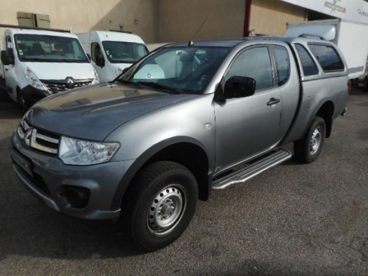 Commercial car Mitsubishi L 200 4 x 4 TD 136 CLUB CAB  - 2