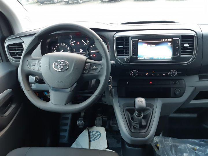 Commercial car Toyota ProAce Double cab van MEDIUM 2.0l 120CH D-4D BUSINESS BLANC - 9