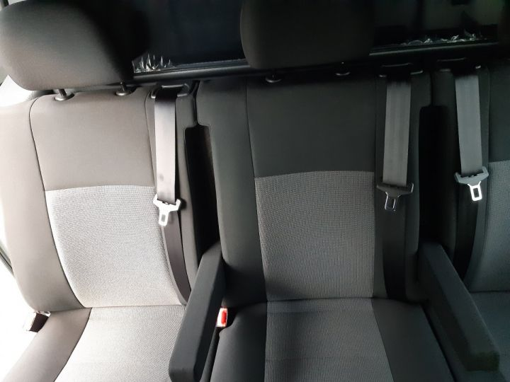 Commercial car Toyota ProAce Double cab van MEDIUM 2.0l 120CH D-4D BUSINESS BLANC - 14