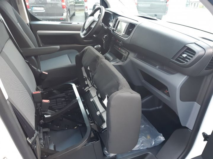 Commercial car Toyota ProAce Double cab van MEDIUM 2.0l 120CH D-4D BUSINESS BLANC - 15