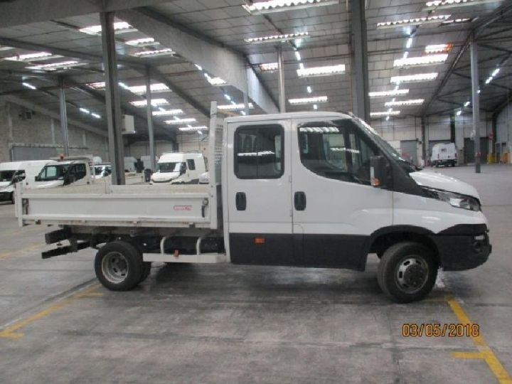 Commercial car Iveco Daily 35C13 D Empattement 3450 Tor Blanc - 3