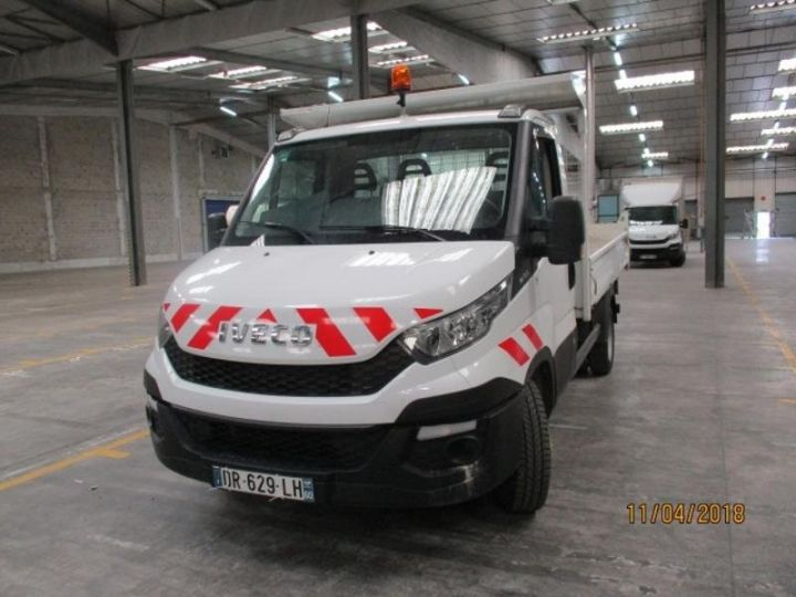 Commercial car Iveco Daily 35C13 Empattement 3450 Tor - 22 000 HT Blanc - 1