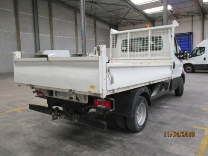 Commercial car Iveco Daily 35C13 Empattement 3450 Tor - 22 000 HT Blanc - 2
