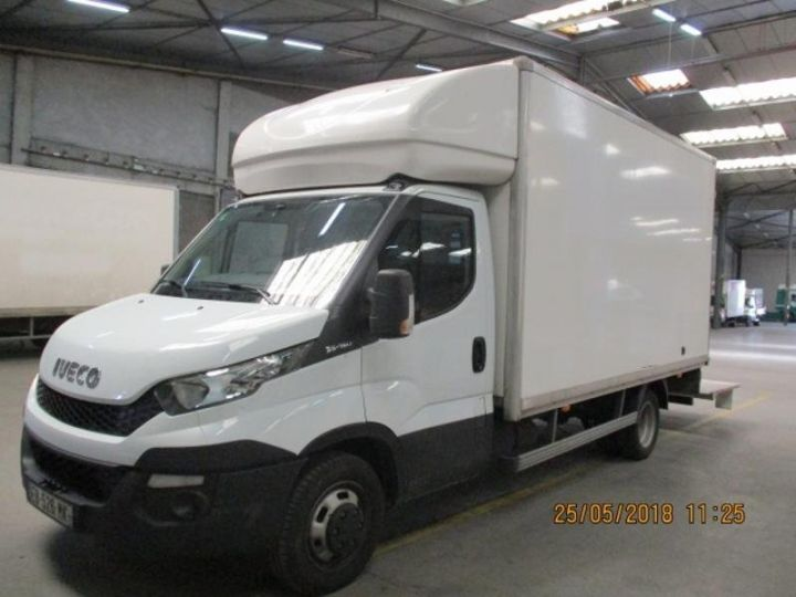 Commercial car Iveco Daily 35C15 Empattement 4100 Tor - 24 900 HT Blanc - 1