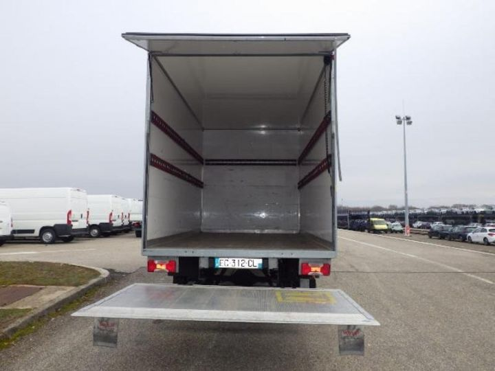 Commercial car Iveco Daily 35C15 Empattement 4100 Tor - 25 500 HT Blanc - 4