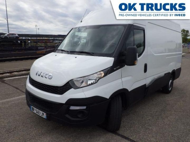 Commercial car Iveco Daily 35S13V12 Blanc - 1