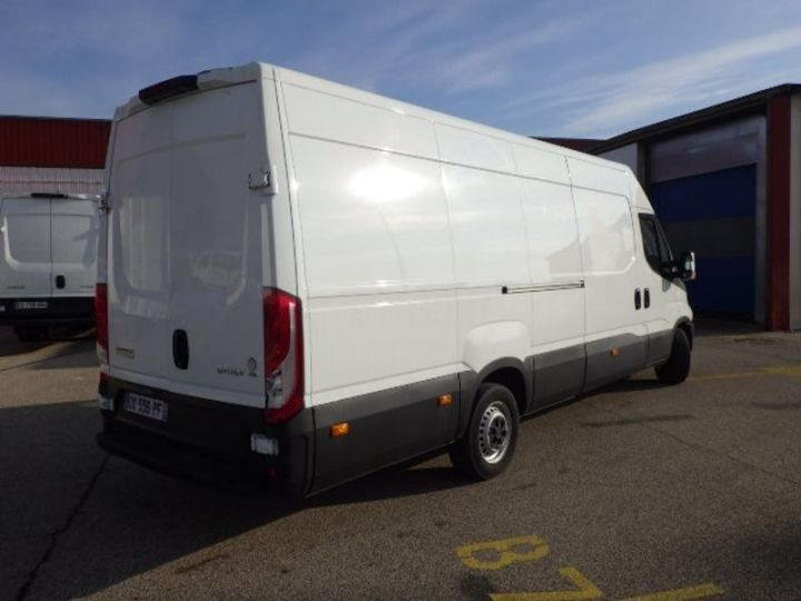 Commercial car Iveco Daily 35S13V16 - 17 900 HT Blanc - 2