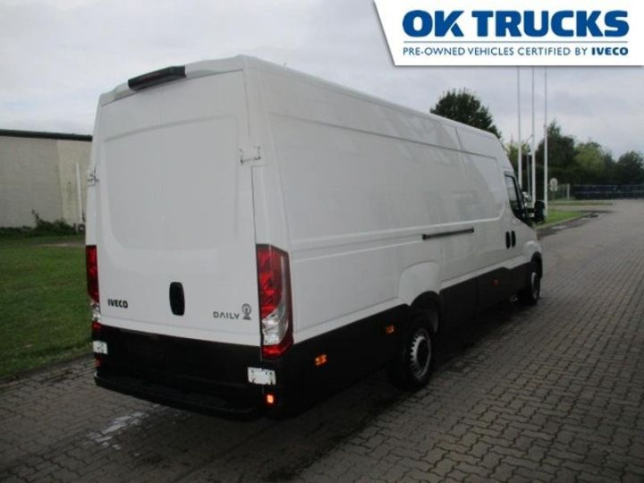 Commercial car Iveco Daily 35S17V16 - 18 500 HT Blanc - 2