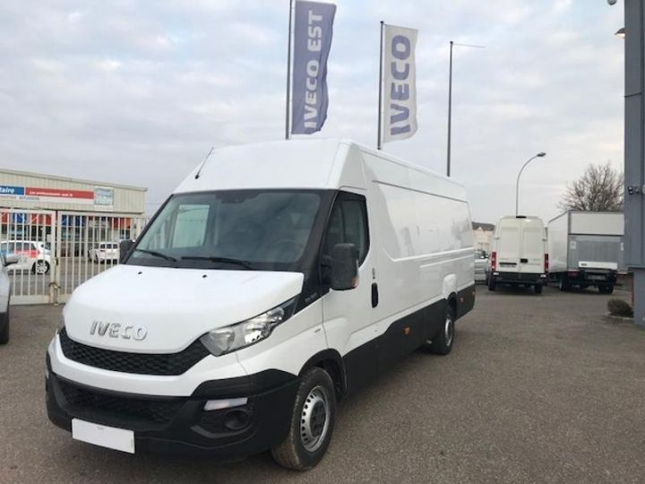 Commercial car Iveco Daily 35S17V16 - 22500 HT Blanc - 1