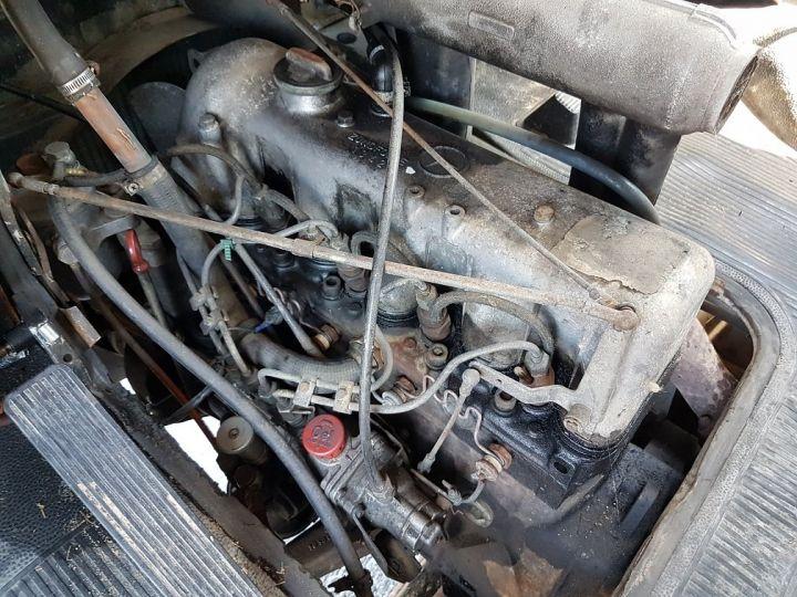 Commercial car Mercedes Vario Livestock body L 406 D BLANC - GRIS - 19