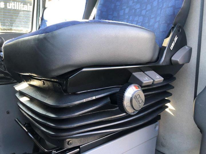Commercial car Iveco Daily Other EVENEMENTIEL CAR PODIUM BUREAU MOBILE BLEU - 13