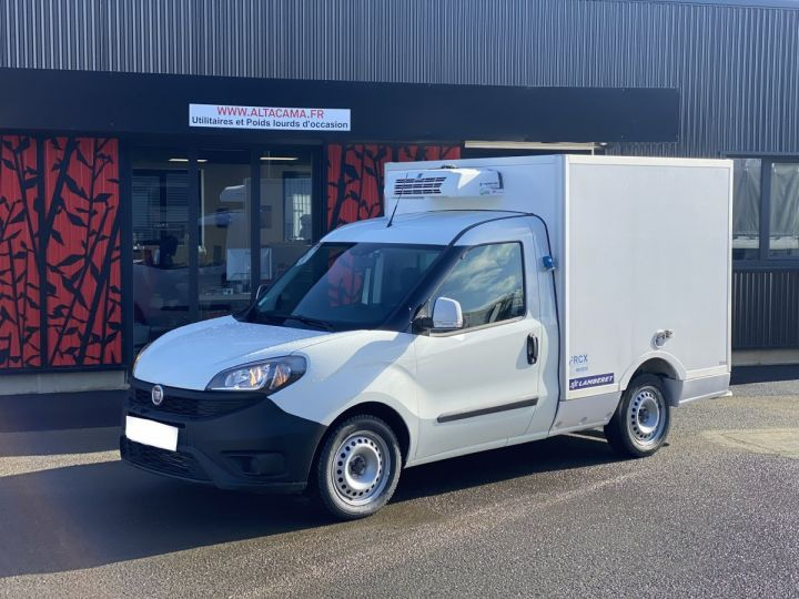 Commercial car Fiat Doblo Refrigerated body BLANC - 1