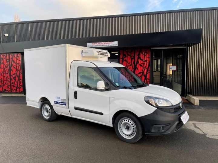Commercial car Fiat Doblo Refrigerated body BLANC - 2
