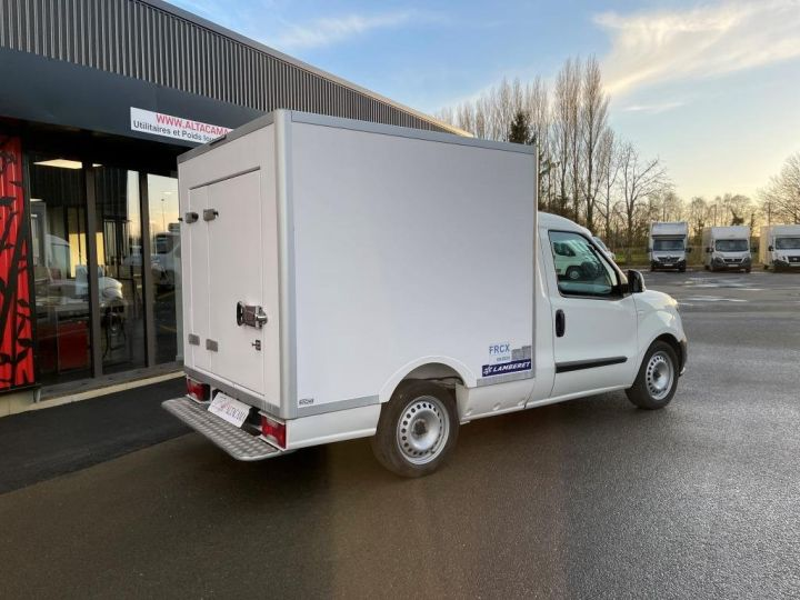 Commercial car Fiat Doblo Refrigerated body BLANC - 3