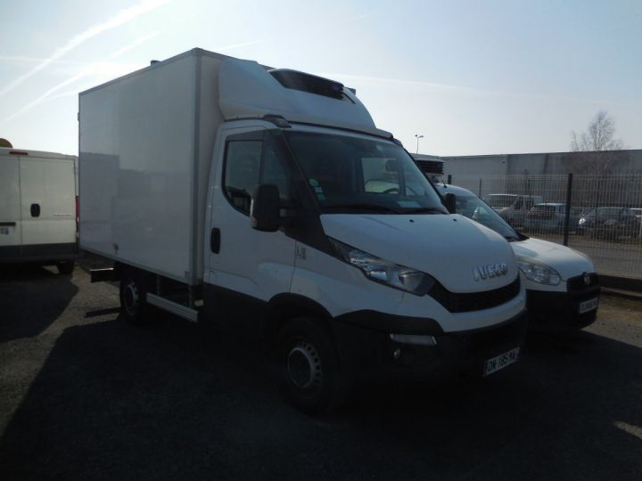 Commercial car Iveco Daily Refrigerated body 35S13  - 1