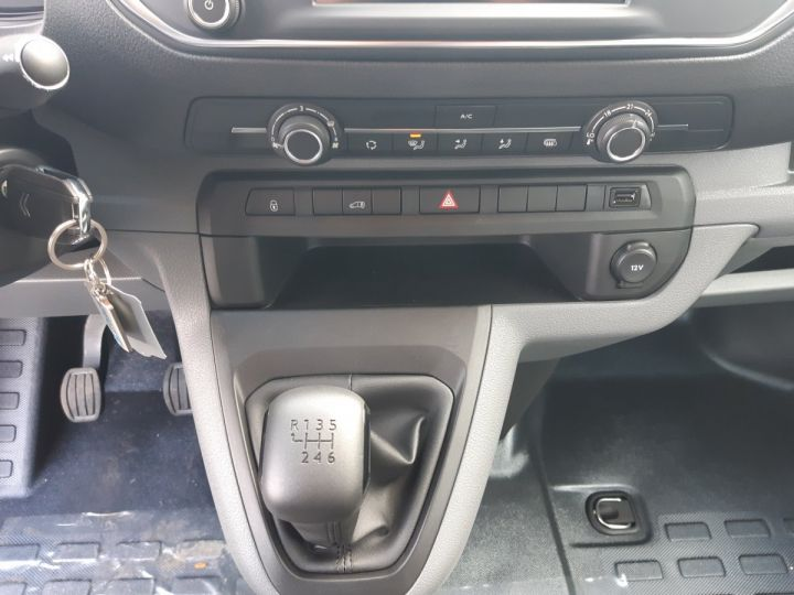 Commercial car Citroen Jumpy Steel panel van M 1.5 BLUEHDI 100CH CLUB BLANC - 13