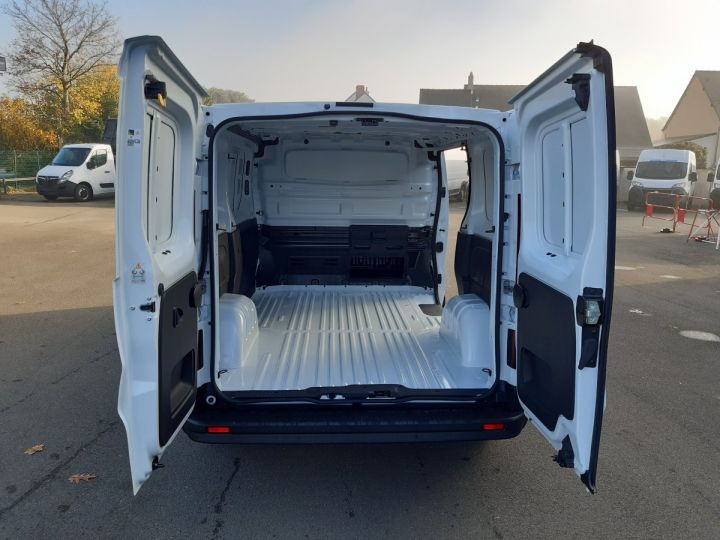 Commercial car Fiat Talento Steel panel van CH1/ L1H1 2.0 MULTIJET 145CV PRO LOUNGE BLANC - 5