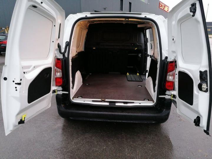 Commercial car Opel Combo Steel panel van BLANC - 6