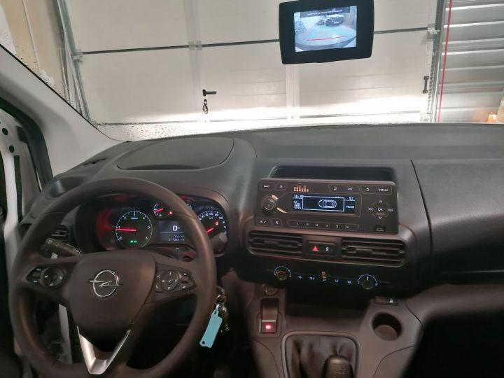 Commercial car Opel Combo Steel panel van BLANC - 7