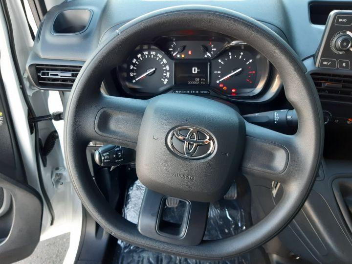 Commercial car Toyota ProAce Steel panel van MEDIUM 1.5D 100CV DYNAMIC BLANC - 11
