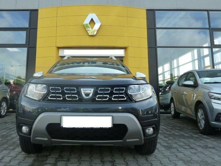 Dacia Duster 1.4 dci 110 Prestige , Automatique 04/2018 gris comète  métal - 5