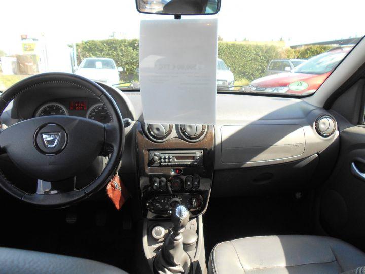 Dacia Duster 1l6 Essence 105 Ch 4x4 Bv6 Prestige 4wd  - 5