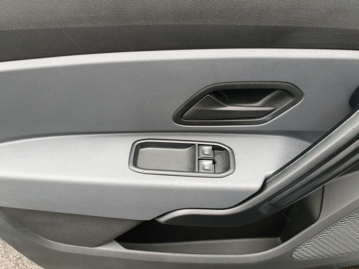 Dacia DUSTER 2 1.6 tce 125 essentiel 4x2.1940 kms Gris Occasion - 16