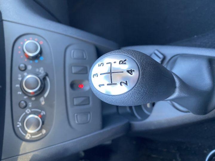 Dacia SANDERO 1.0 SCE 75CH CITY+ Blanc - 11
