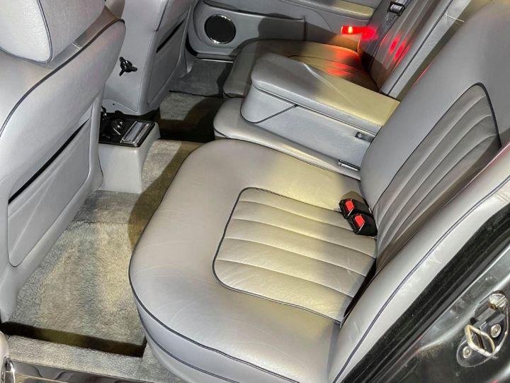 Daimler DOUBLE SIX Gris cendré métal - 8