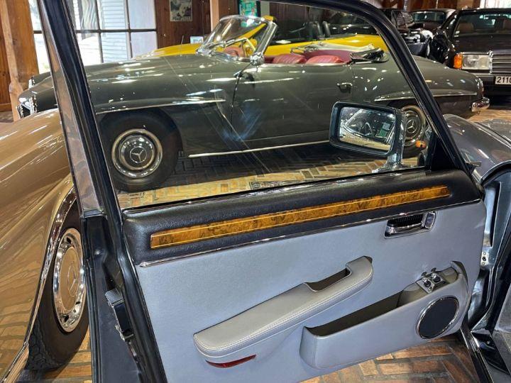 Daimler DOUBLE SIX Gris cendré métal - 7