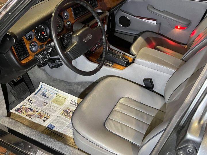 Daimler DOUBLE SIX Gris cendré métal - 10