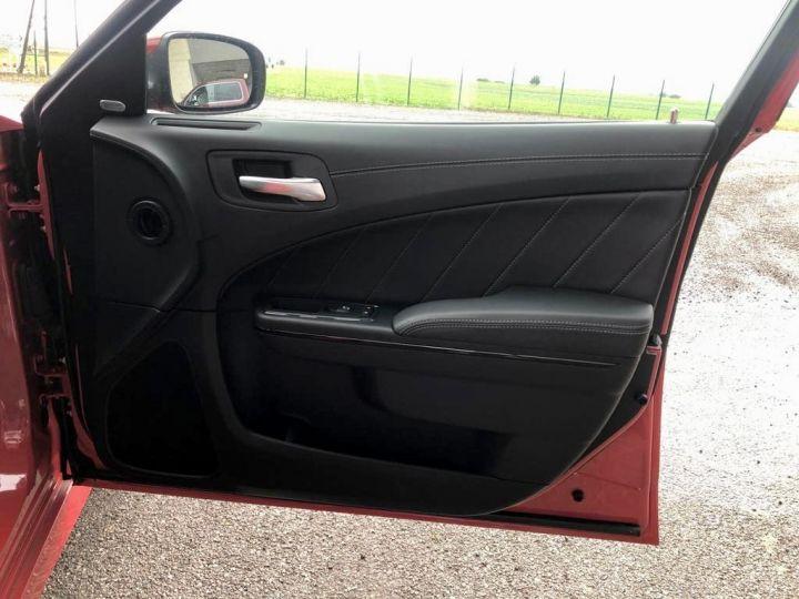 Dodge CHARGER R/T EDITION DAYTONA Rouge Torred Vendu - 12