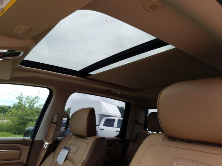 Dodge Ram 1500 5.7 V8 395 HEMI CREW CAB LONGHORN Noir - 5