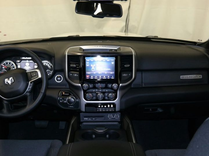 Dodge RAM 1500 CREW CAB BIGHORN 4X4 2019 BLANC Neuf - 3
