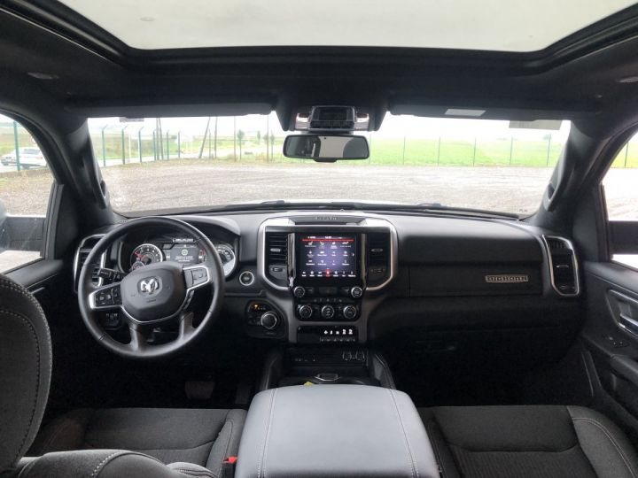 Dodge Ram 1500 CREW CAB BIGHORN 4X4 2019 CTTE  Noir Neuf - 2