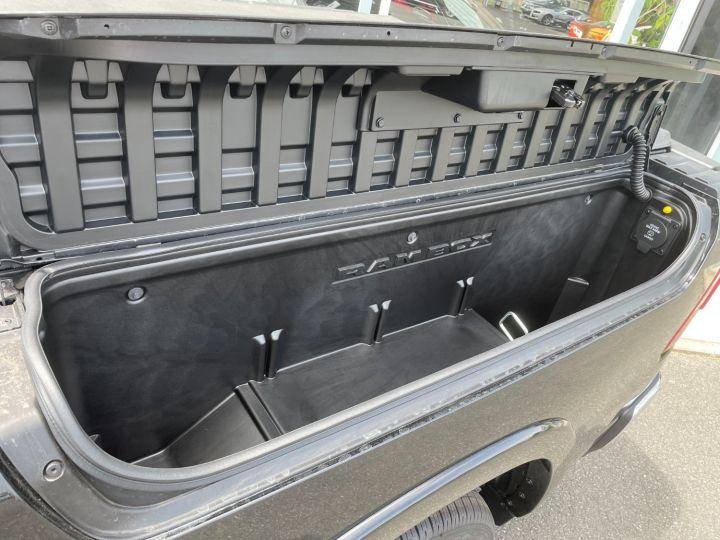 Dodge Ram 1500 Crew Cab Limited E-Torque V8 5.7L Noir - 14