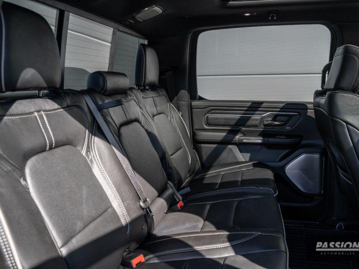 Dodge Ram 2021 Limited Black Edition Diamond Black Crystal Pearl - 9