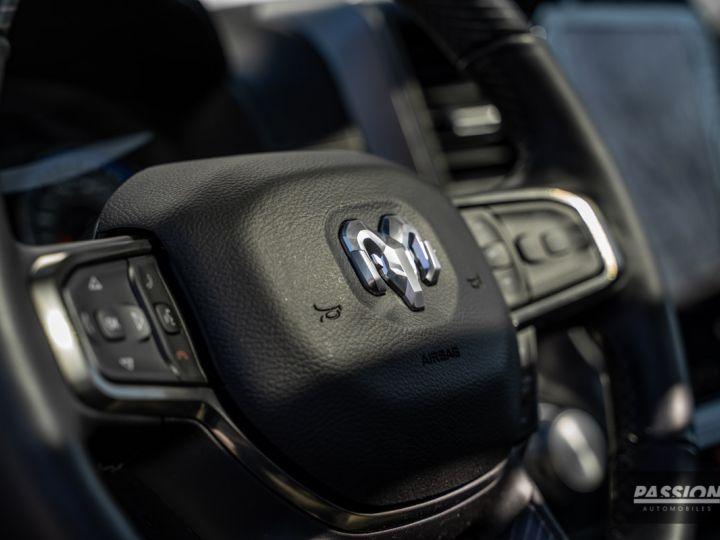Dodge Ram 2021 Limited Black Edition Diamond Black Crystal Pearl - 14