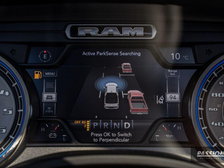 Dodge Ram 2021 Limited Black Edition Diamond Black Crystal Pearl - 17
